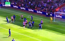 Co za debiut w Premier League! Jan Bednarek strzela gola w meczu przeciwko Chelsea Londyn!